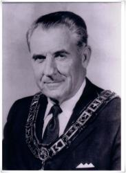 1971 Ralph C. James